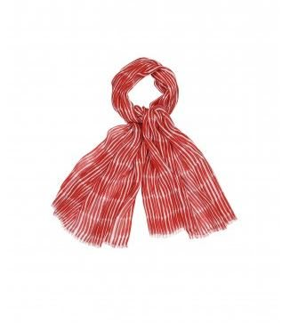 The Virtues of Large Scarves